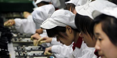 apple iphones china factory workers