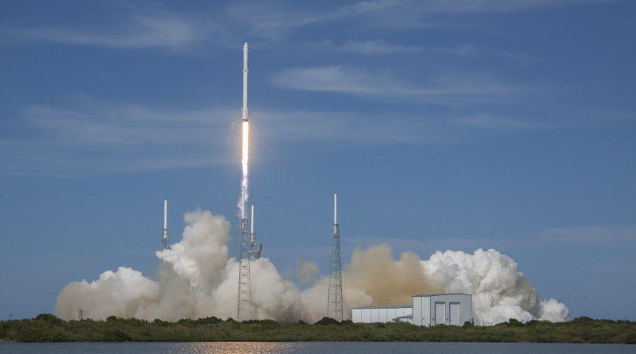 SpaceX, Dragon, Falcon 9
