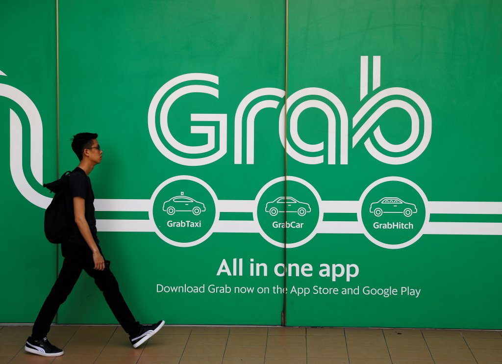 Go-Jek sets foray into Grab territory
