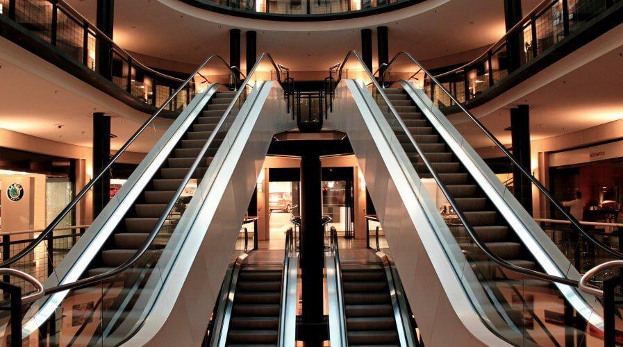 Escalators mall
